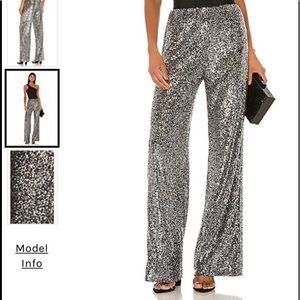 Saturday Love Pants Fab Silver Sequined pant 🌟M